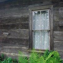 How to Keep Heat Inside With Old Windows